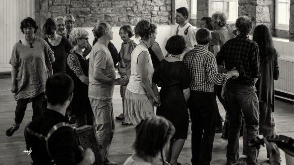 31 mars Les dimanches qui dansent Balkans Méditerranée, épisode 2